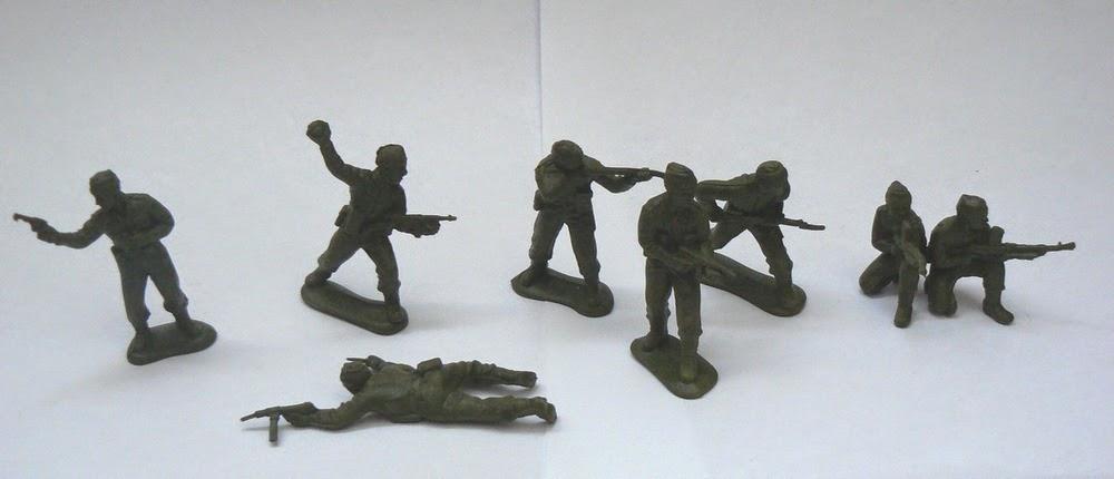 набор солдатиков общий вид