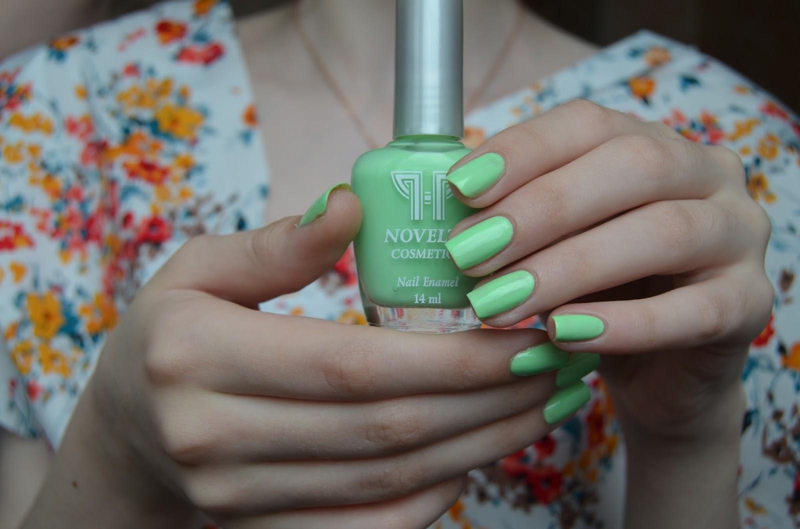Лак для ногтей какого цвета к зеленому платью