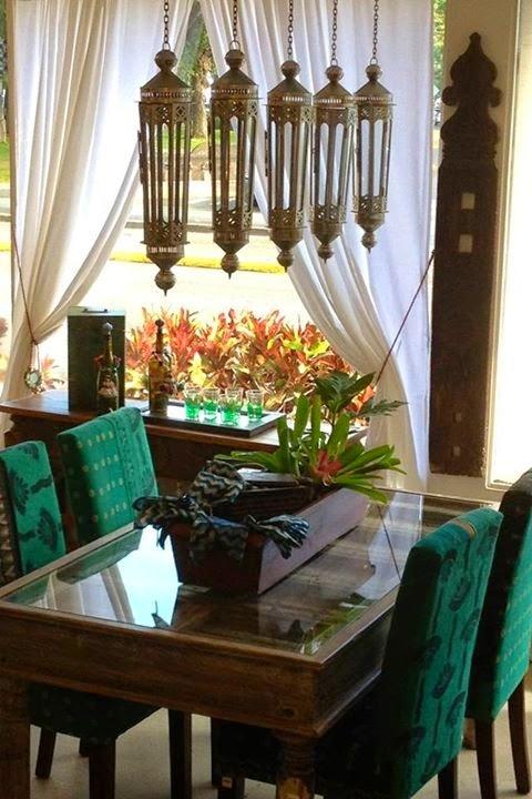 تصميمات رائعه لغرف المعيشه المغربيه  Exquisite-moroccan-dining-room-designs-11