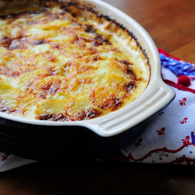 Where food, family and friends gather, Simply Gourmet: 286. French Gratin Potatoes #SundaySupper