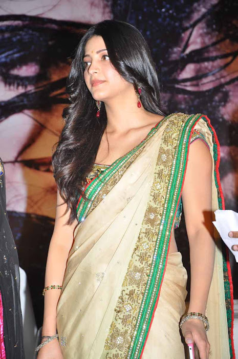 Shruti Hassan in green saree - Shruti Hassan in Green Saree - HQ Pics