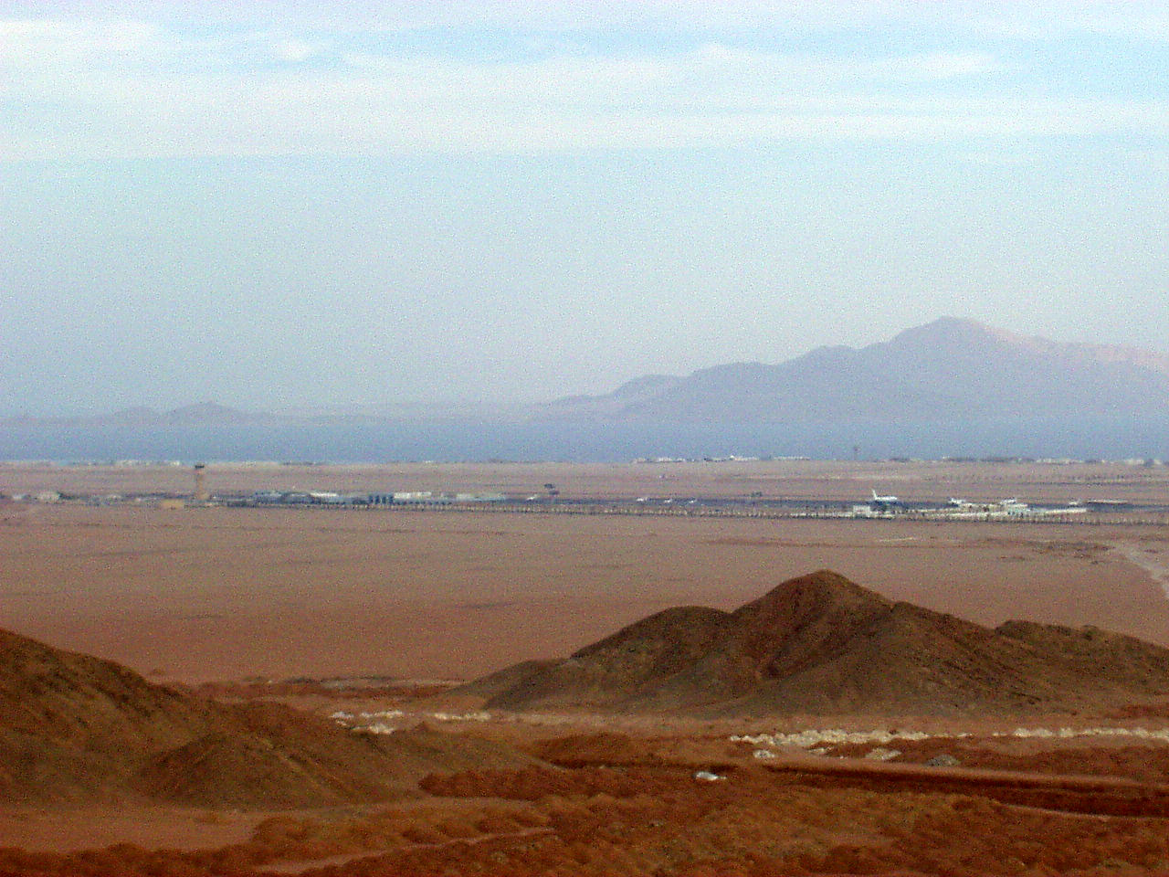 http://4.bp.blogspot.com/-9oFGAwkxifk/TZB2mNAK5dI/AAAAAAAAACY/dZZA9yEuLTw/s1600/Sharm_el-Sheikh_Ophira_International_Airport.jpg