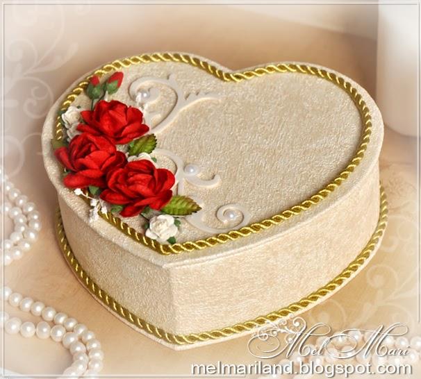 Шкатулка сердце из бобин от скотча мастер класс