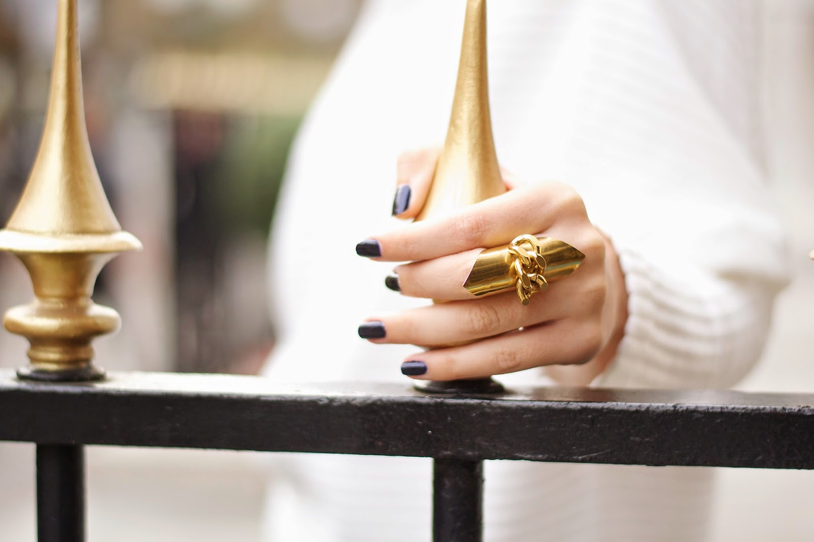 statement gold rings