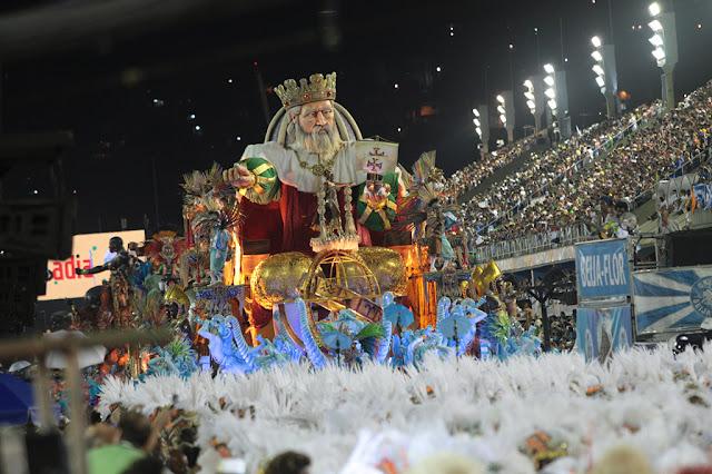Liesa estuda mudar tempo e alegorias no Carnaval 2017