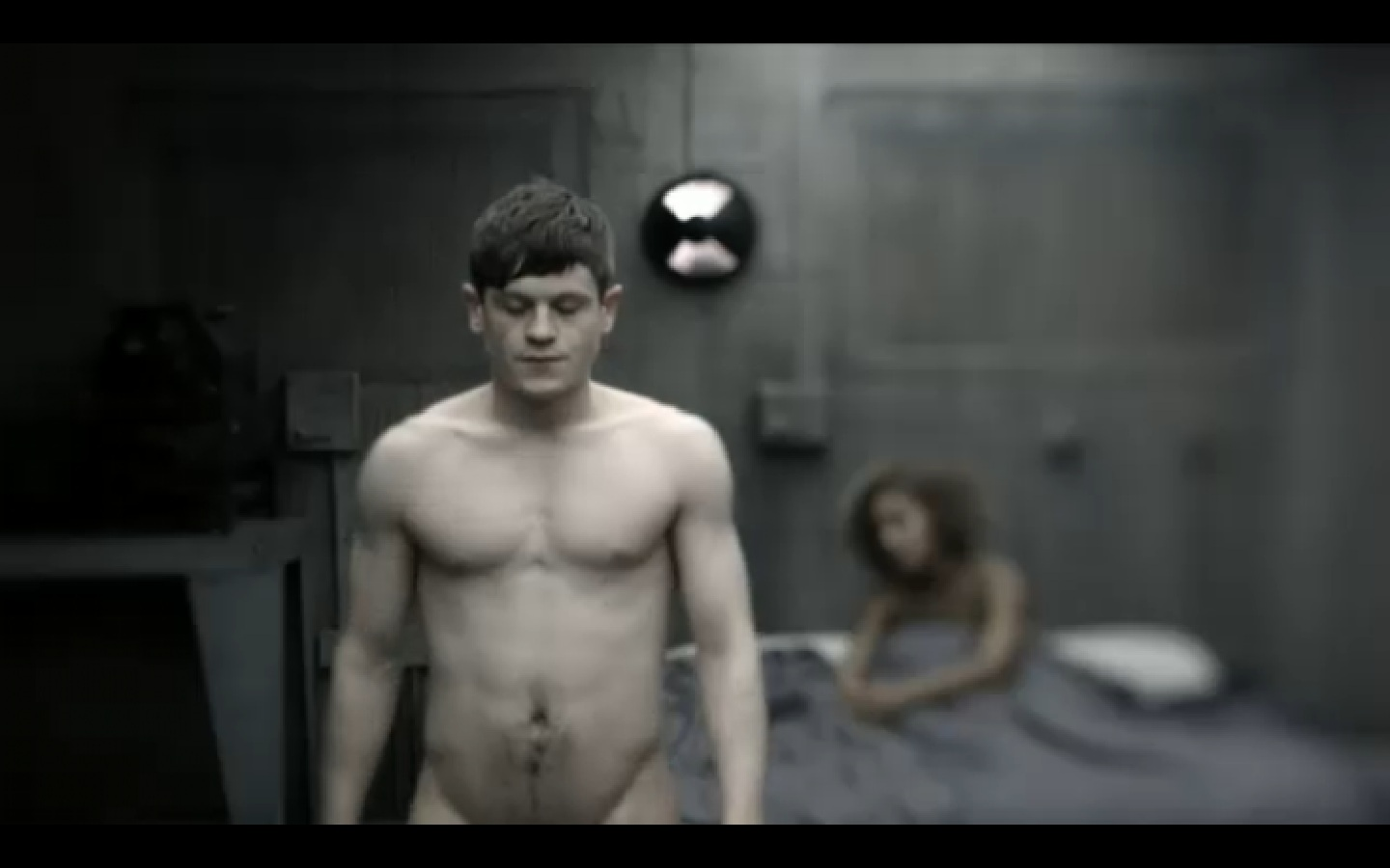 Iwan Rheon - Picture Colection