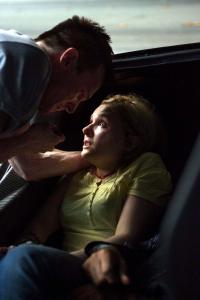 Michael Eklund y Abigail Breslin en '911 - Llamada mortal'