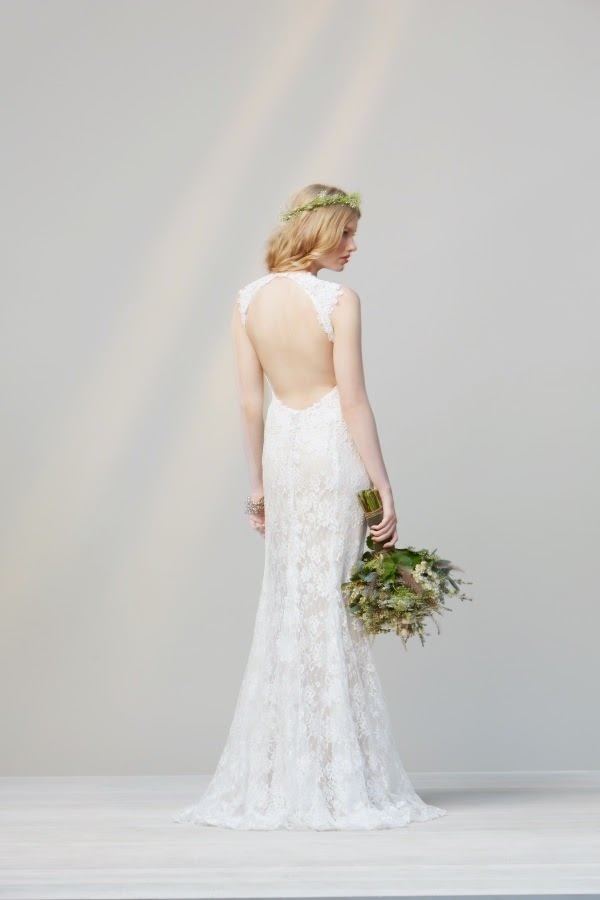 Simple wedding dresses for beach