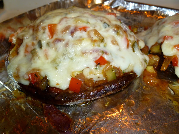 Diva In The Kitchen: Vegetable-Stuffed Portobellos