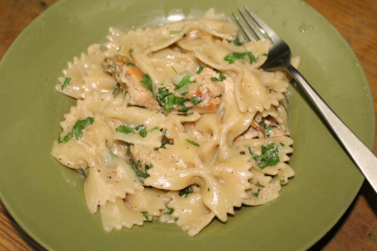 Bowtie Chicken Alfredo Recipe / Chicken  Alfredo Pasta Recipe / Chicken Bowtie Alfredo Pasta Recipe