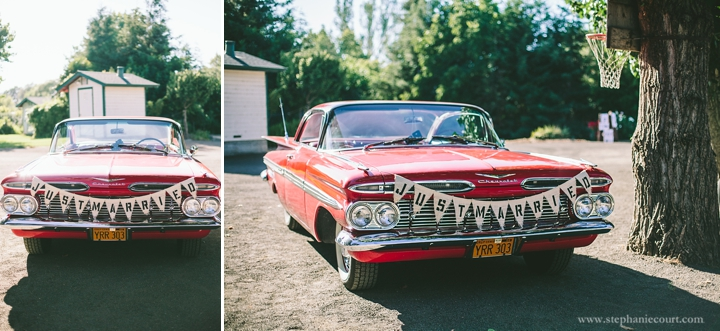 vintage-getaway-car-wedding-photos