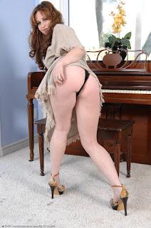 Tight wet pussy - sexygirl-vio013AJS_244818011-751321.jpg