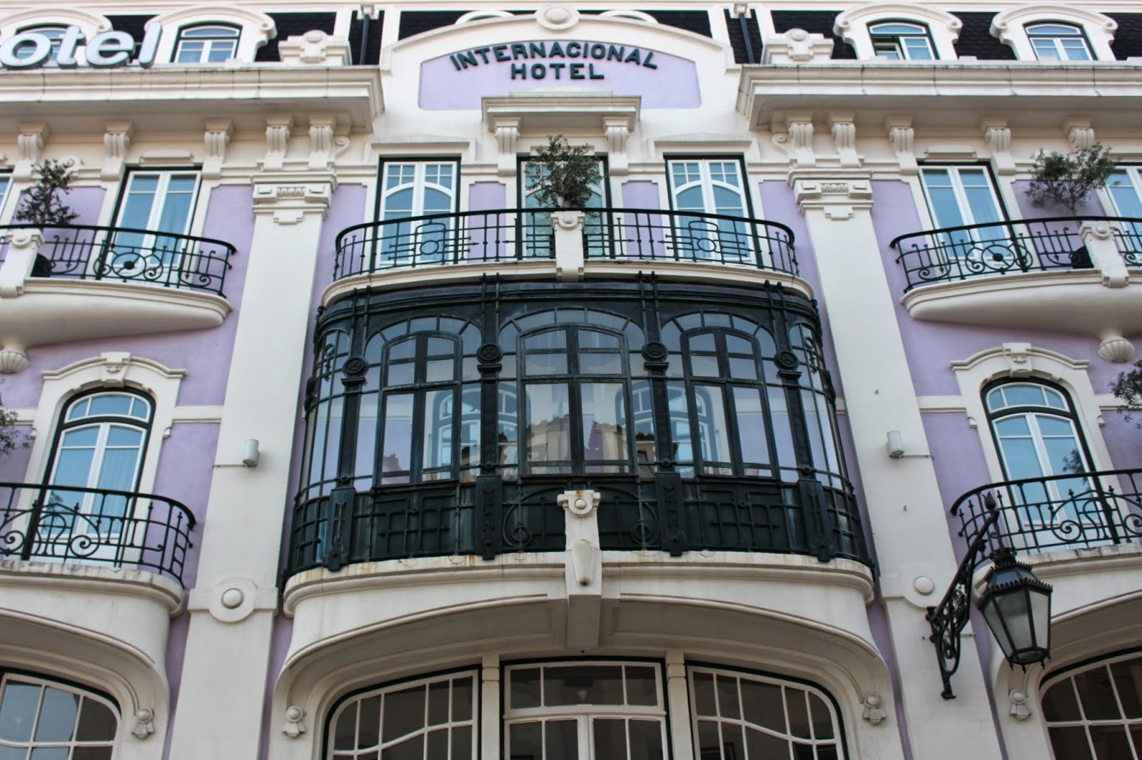 Narrogeographic internacional design hotel lisboa el for Internacional design hotel 4