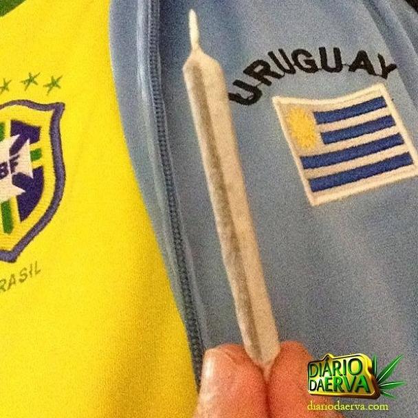 BRASIL 0x1 Uruguai #legalizaiuruguay #kusharmy #pot #hemp #highsociety #highlife #dope #w420 #weedstagram #weed #girlswhosmokeweed #girlsgoneweed #420 #420ladies #maryjane #lipstickstoners #ganjagirls #cannabisdestiny #cannabissociety #marijuana
