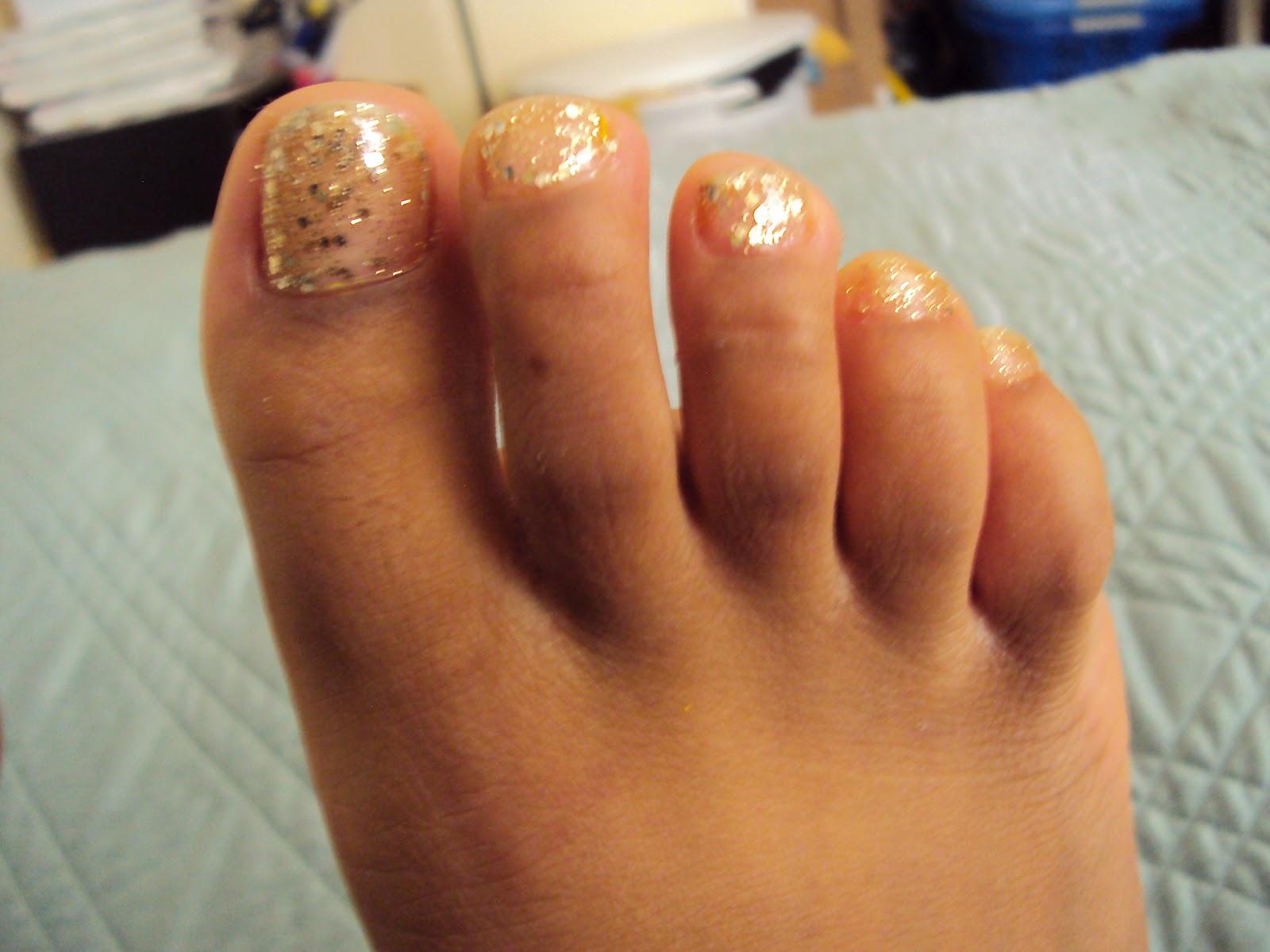 Gold Toe Nails