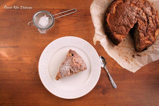 Ciasto jabłkowe z cynamonem i goździkami