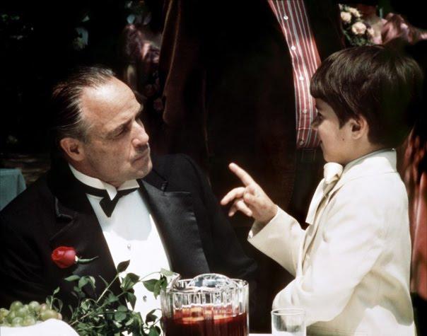 http://4.bp.blogspot.com/-9pxU3BHZ2KY/TWAwGugPEFI/AAAAAAAADus/XUAIcyqZV7Y/s1600/Don_Vito_and_Frank_Corleone.jpg
