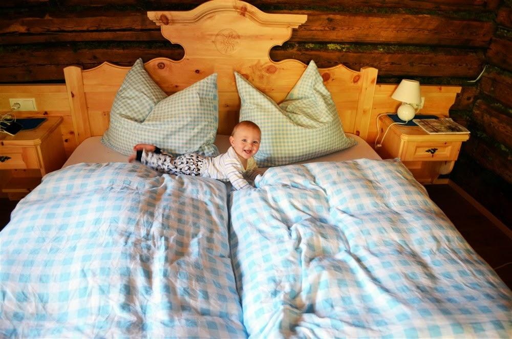drewniany domek, urlop na nartach