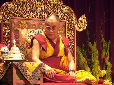 Dalai-Lama-Biography-Buddhist-Teachings
