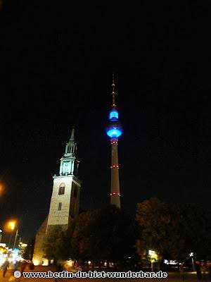 fetival of lights, berlin, illumination, 2013, berliner dom, alexanderplatz, fernsehturm, beleuchtet, lichterglanz, berlin leuchtet