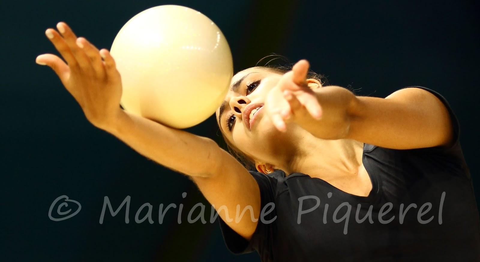 margarita-mamun-golaya