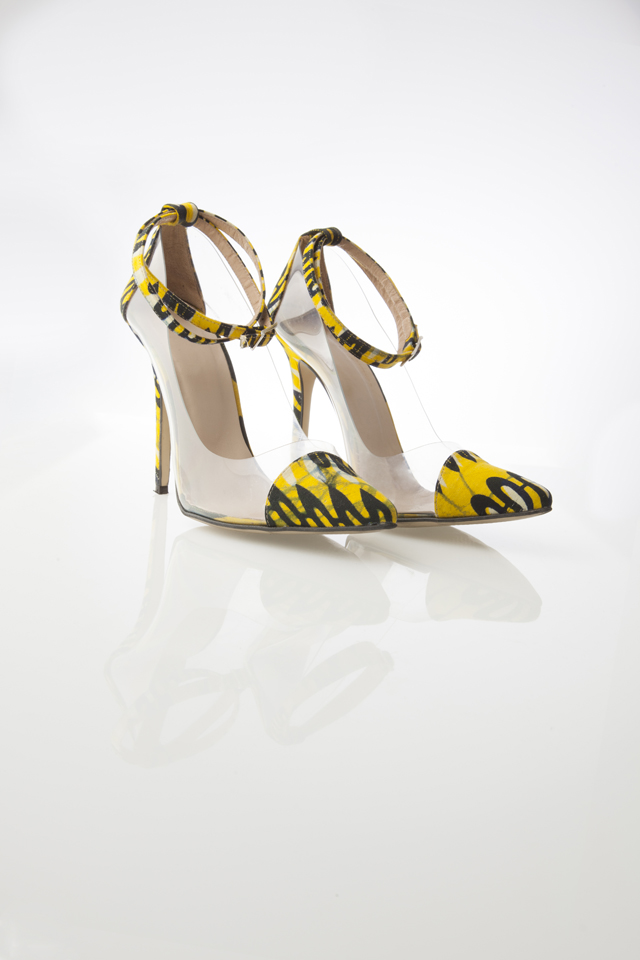 african print shoes by Sara Coulibaly on ciaafrique.com