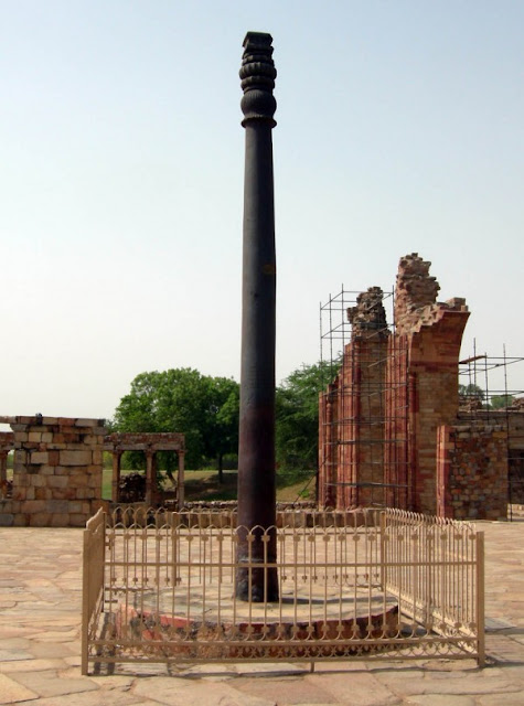 most famous unsolved mysteries of the world The Iron Pillar of Delhi