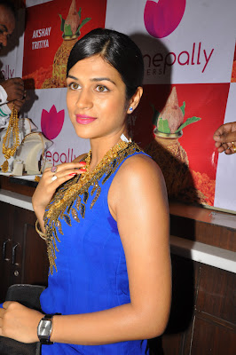 shraddha das at manepally jewellers shraddha das new cute stills