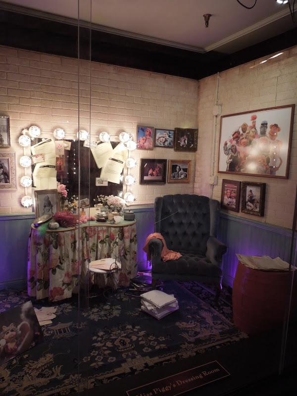 The Muppets Miss Piggy's Dressing Room set