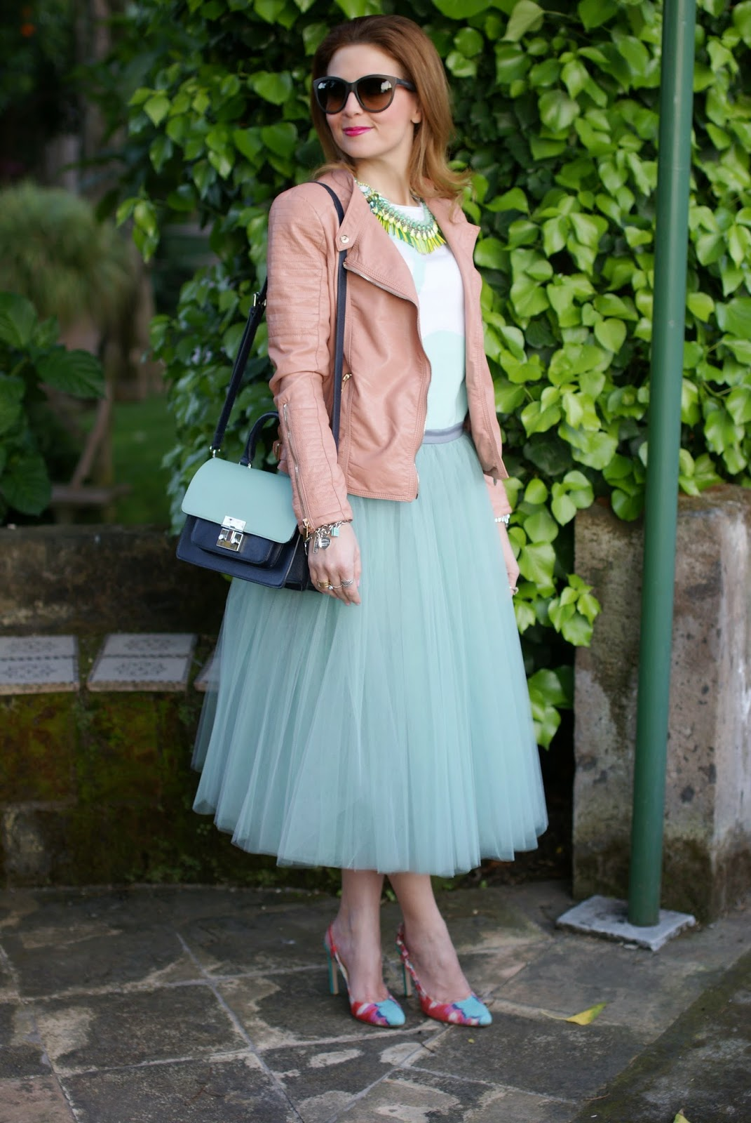 midi tulle skirt, mint tulle skirt, Sodini necklace, Rose a pois swan t-shirt, Fashion and Cookies, fashion blogger