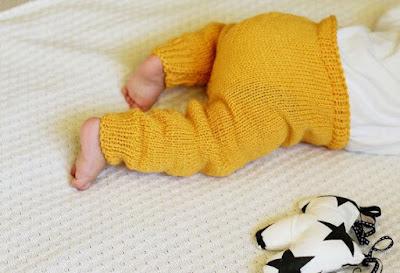 Model Legging Rajut Bayi Warna Kuning Polos