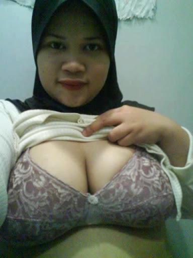 Tudung Hitam melayu bogel.com