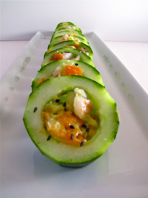 how to make tuna and avocado sushi rolls