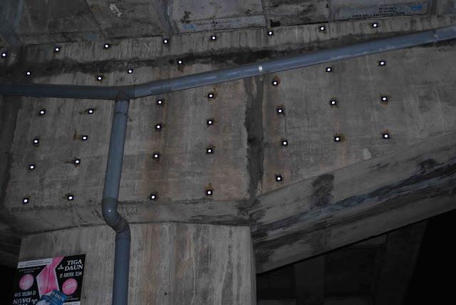 pemasangan titik retro pada jembatan