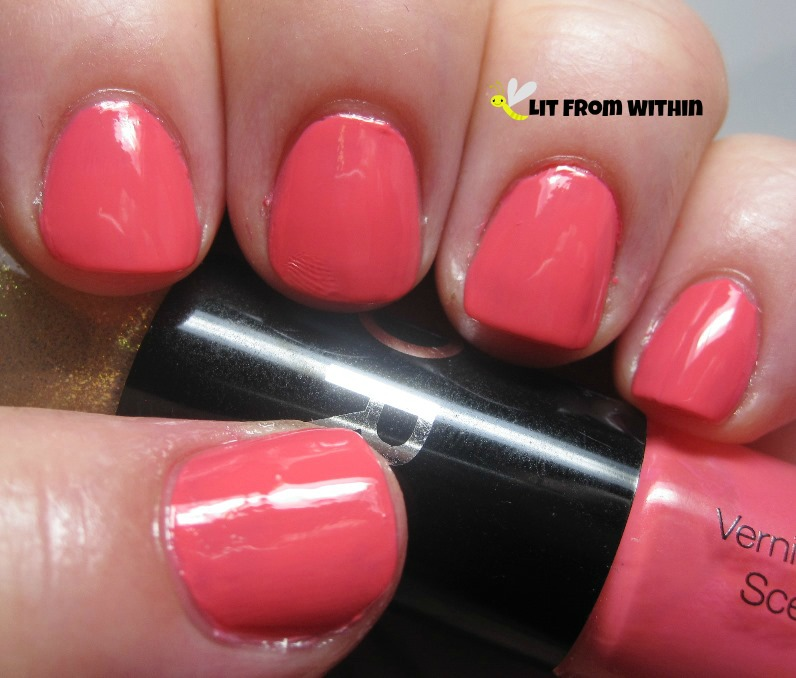I start this 'summer' mani with a very summery neon coral - the coral side of the Sephora duo Grapefruit