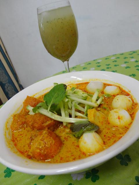 how to make thai laksa