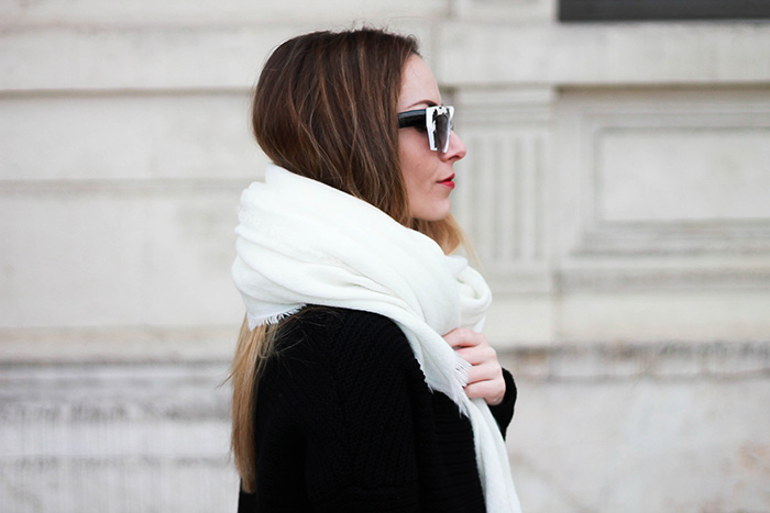 large white scarf