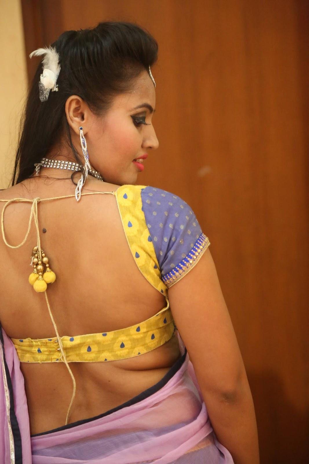 half saree sexy teens photo