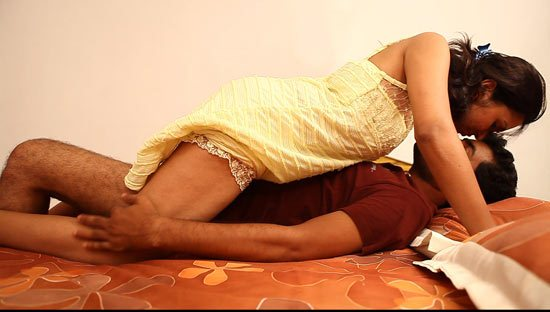Actress Movie Scene Mallu Aunty Kiss On Bed Navel Show