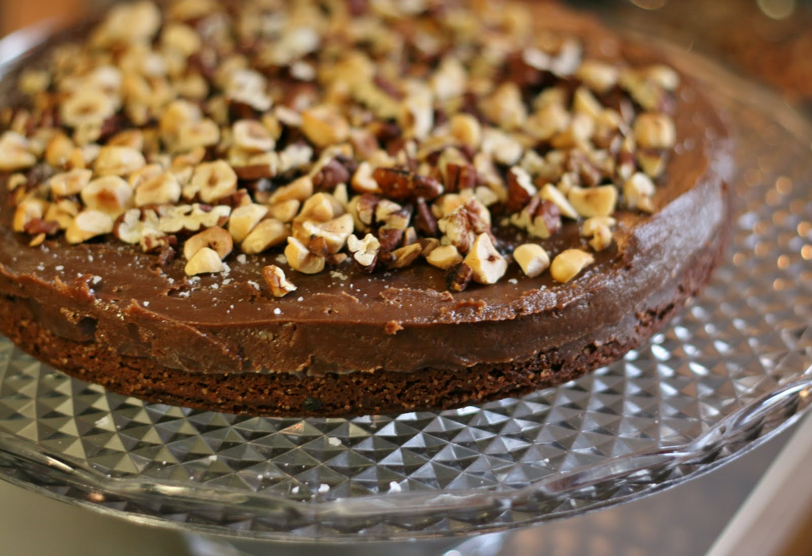tårta choklad nötter