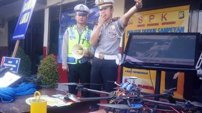 Gunakan Drone Polres Gresik Awasi Kemacetan