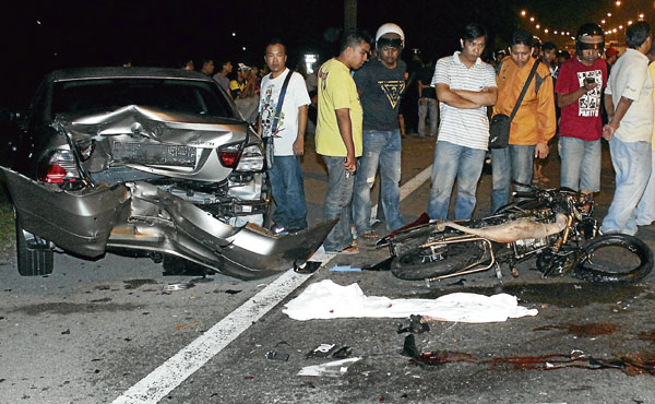 Kemalangan Federal Highway ~ Ayah Dan Adik Tahu Menerusi Facebook