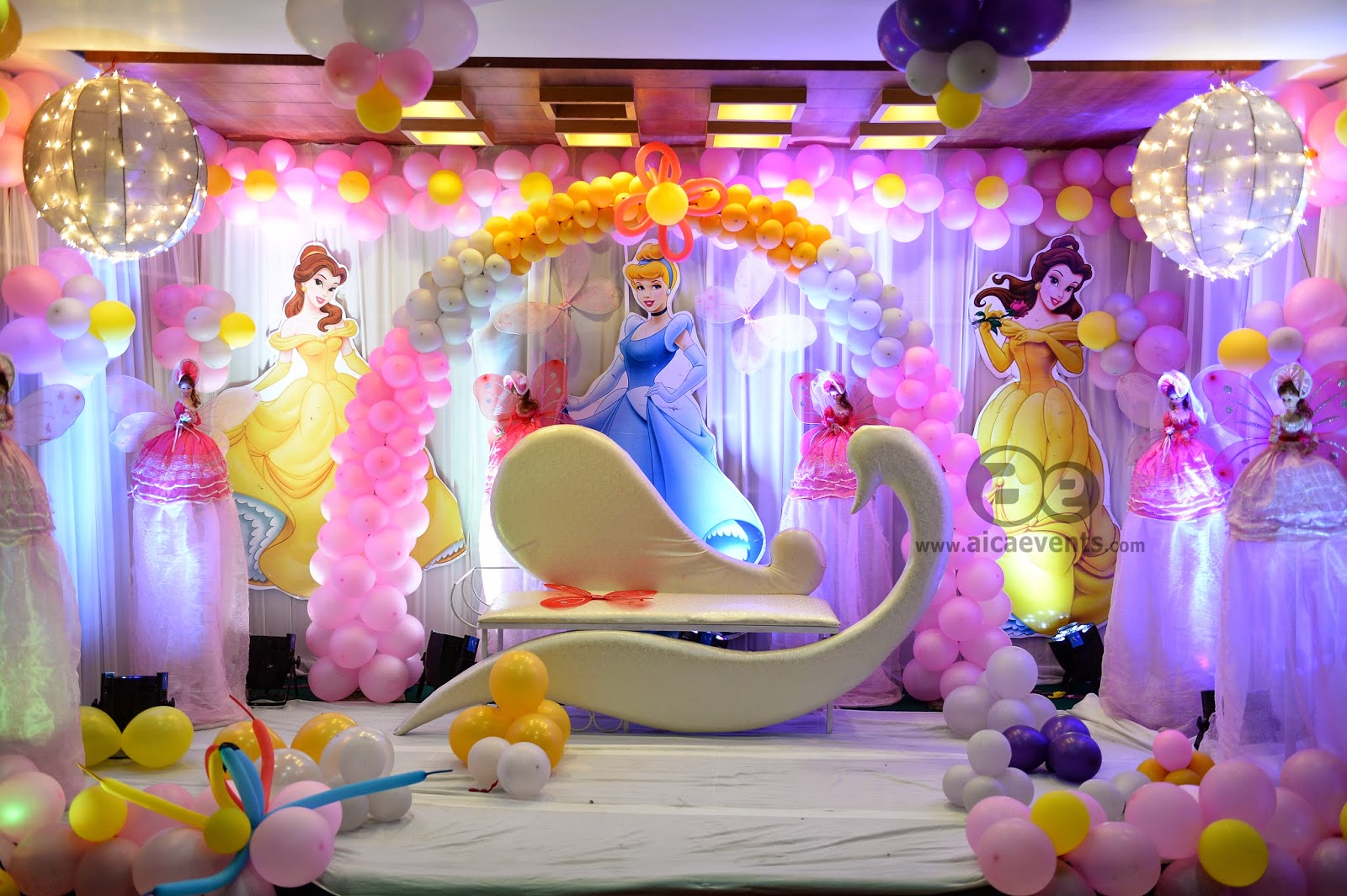 Aicaevents india barbie theme decorations by aica events for Balloon decoration for stage