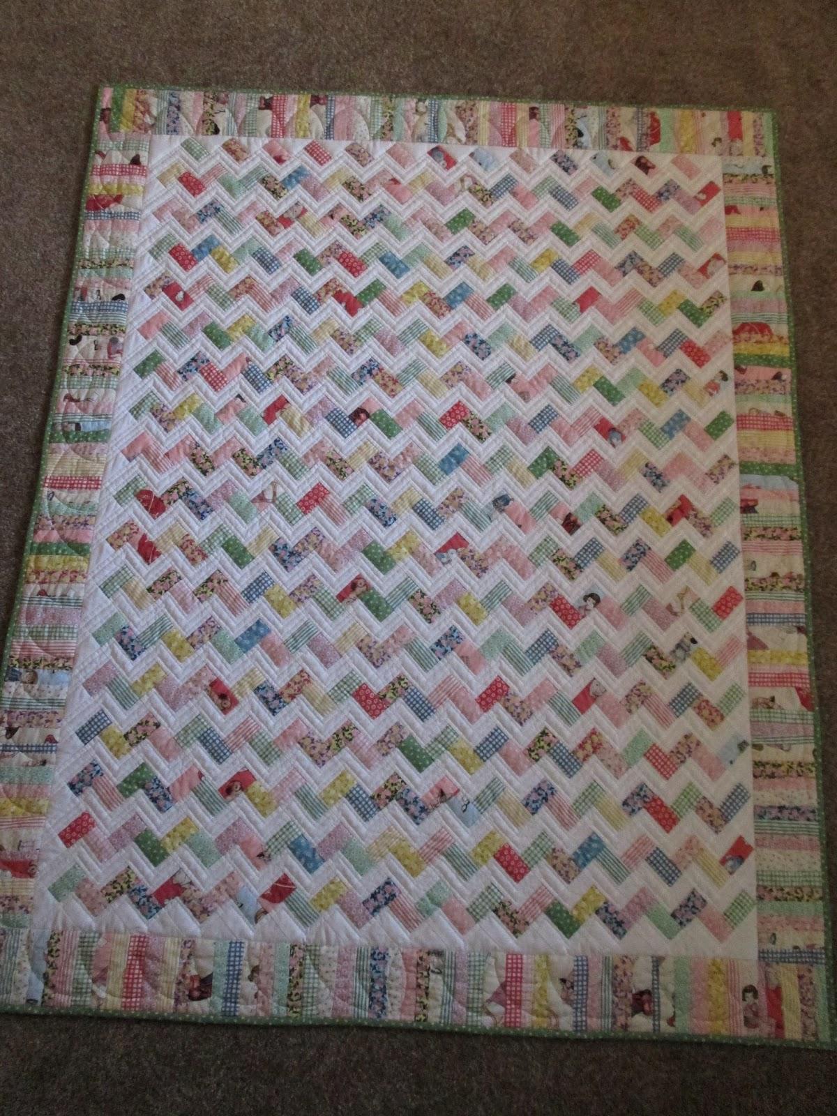 Zig Zag Love Quilt Pattern : Colleen s Quilting Journey: Zig Zag Baby Quilt