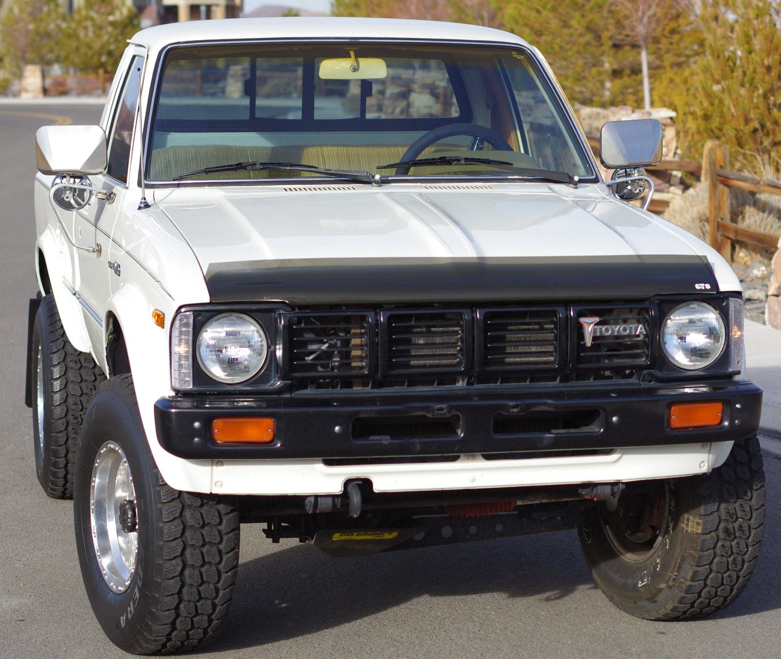 5k seller submission 1980 toyota hilux 4x4 pickup