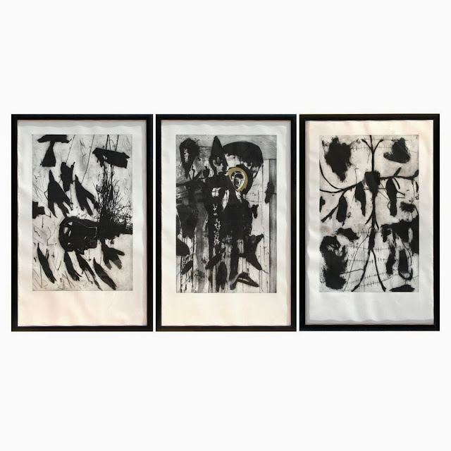 Tres pinturas de Mimmo Paladino