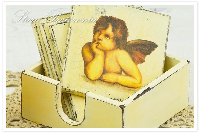 podkładki pod kubeczki, decoupage, przecierki, przetarcia, decoupage, motyw z aniołkami, podkładki z aniołkami