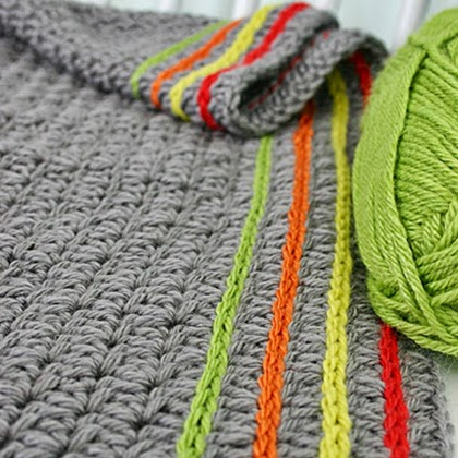 Cute way to add lines of color to a blanket or scarf