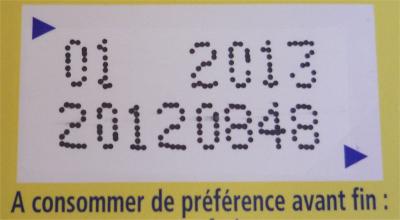 étiquette de produit avec date limite DLUO