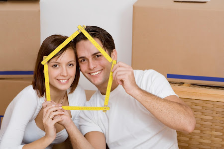 Young Couples - mortgage broker
